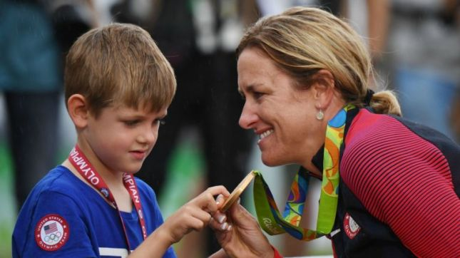 081016-OLY-Rio-Kristin-Armstrong-son-gold-medal-cycling-timed-trial-PI.vadapt.767.high.20